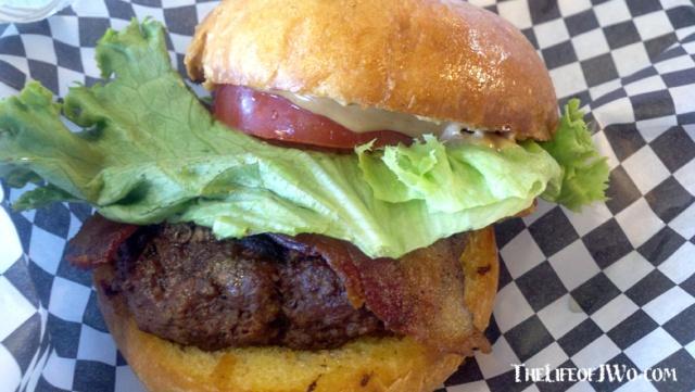 The Elvis N the Building burger.