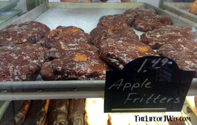 Brooksville-Bakery_Fritters