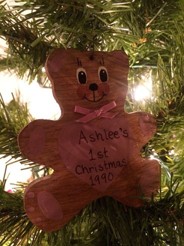 Ashlee-ornament