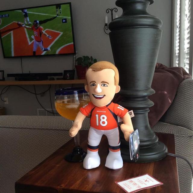 Lil Peyton guarding Tammy's drank during the game.